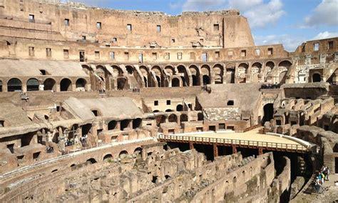 ingresso foro romano tour colosseo palatino e foro romano suityrhome