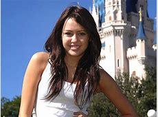 Miley Cyrus Wallpapers - Movie HD Wallpapers Noah Movie Wallpaper