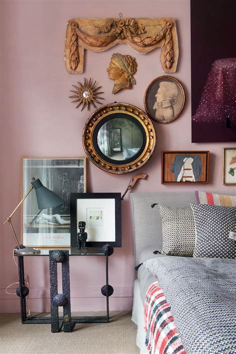 vintage style small apartment  carole borraz