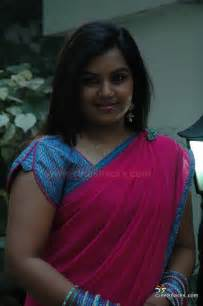 Download katrina sxs http www bollybreak com 2011 02 nisha tv anchor