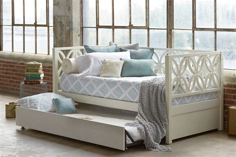 day bed with trundle 8 dreamy daybeds that do duty as seating