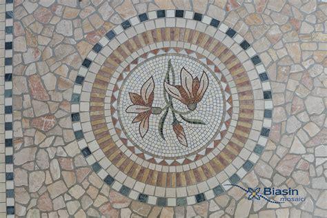 mosaico fiori rosoni mosaico ventagli in mosaico mosaici biasin