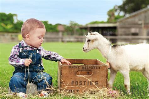 imagenes de niños vestidos de vaqueros peto vaquero de la colecci 243 n de beb 233 s my first chicco
