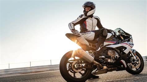 Bmw Rr 2020 by 2020 Bmw S1000rr Guide Total Motorcycle