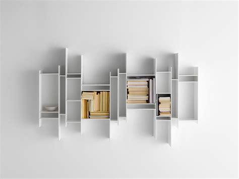 Mdf Italia Random Bookcase Modern 237 Police Nab 237 Zej 237 Bohat 233 Využit 237 Novinky Cz