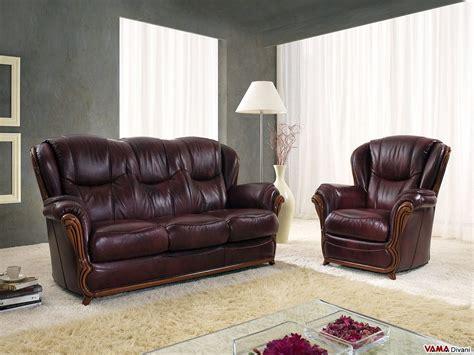 divani in legno divano con cornice in legno e schienale alto in pelle