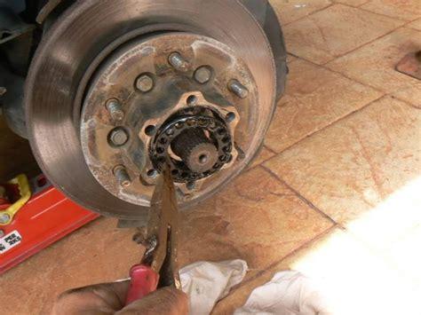 Disc Brake Cakram Mitsubishi Pajero Depan 1 mechanics here wheel bearing on mitsub challenger general discussion forums page 1
