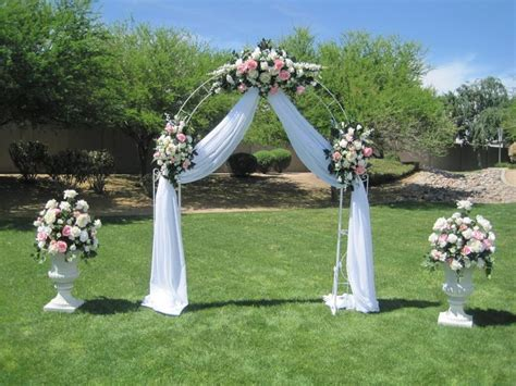 wedding arch decor   White wrought iron arch, 3 white