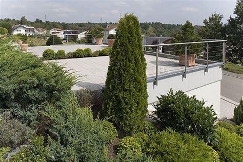 garage am hang hang garage terassen garage als beton fertiggarage