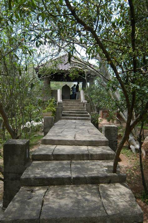 Rock Garden Hotel Gossip Lanka Forest Rock Garden Hotel Andarawewa At Anuradhapura
