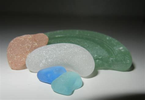 how to glass what is sea glass find sea glass