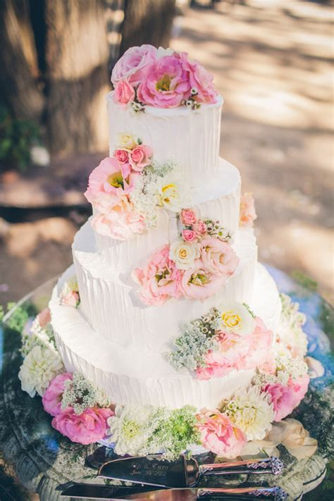 flowers for wedding cakes real deco mariage archives detendance boutik vente d