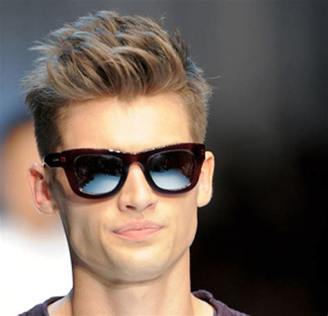 Quiff Hairstyle For Boys | short quiff hairstyle for men by arthur chan details