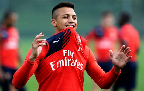 arsenal news arsenal news alexis sanchez to sign new contract with