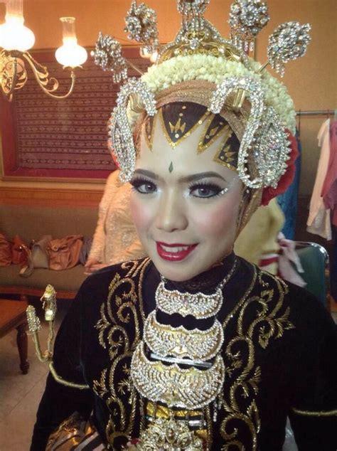tutorial make up pengantin jawa solo 11 modifikasi hijab untuk riasan tradisonal pengantin