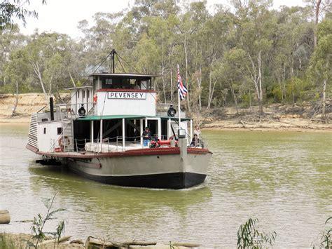 boat shop echuca top 12 things to do on an echuca moama long weekend