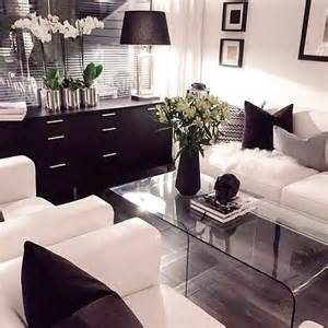 Modern Black And White Living Room by 1000 Ideas About White Living Rooms On White