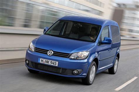 Auto Anmelden Ohne Versicherung by Test Vw Caddy Bluemotion Sparen Ohne Alternativen