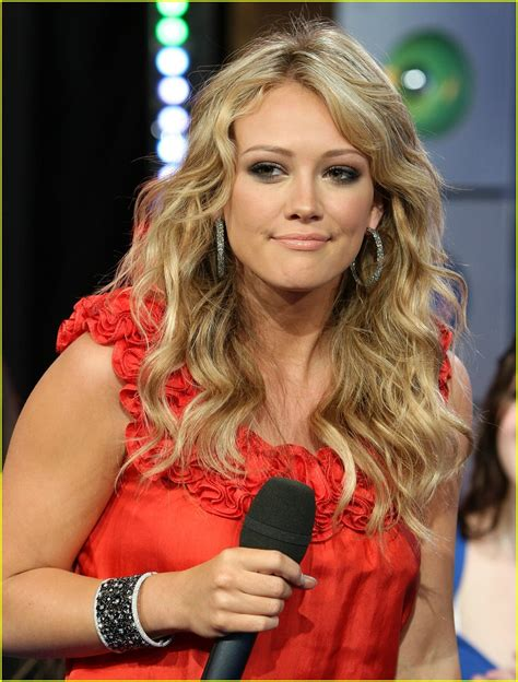Hilary Duff On Trl by Hilary Duff Declares War On Trl Photo 1099891 Hilary