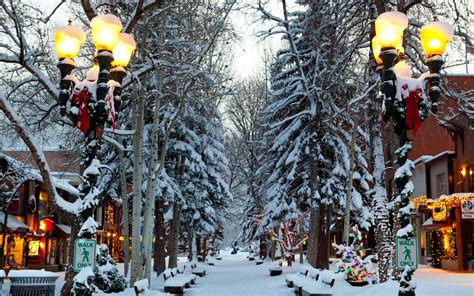 america s best towns for the holidays travel leisure