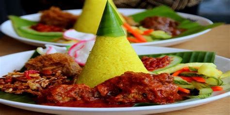 cara membuat nasi kerabu kuning resep cara membuat nasi kuning spesial yang enak dan gurih