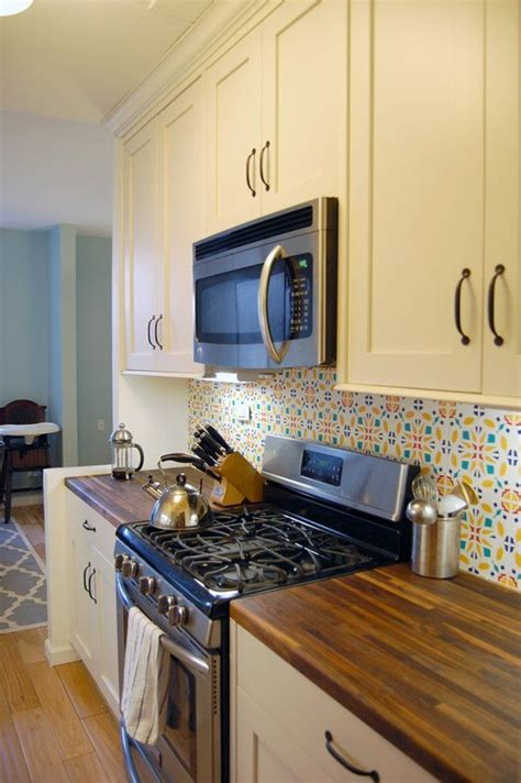 rental kitchen makeover 25 best ideas about rental kitchen on tiny