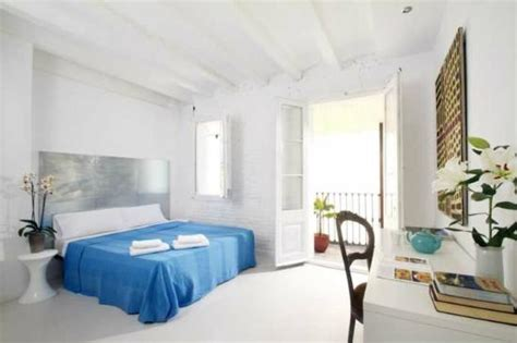 rooms images four rooms barcelona catalonia guesthouse reviews
