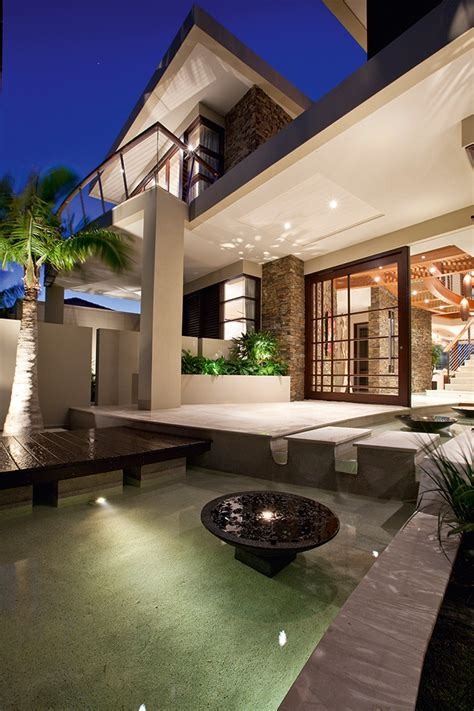 contemporary waterfront island home   tropical resort
