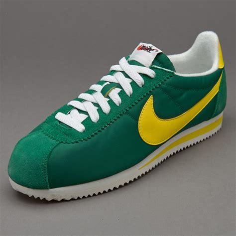 Sepatu Nike Classic Cortez sepatu sneakers nike sportswear classic cortez pine green