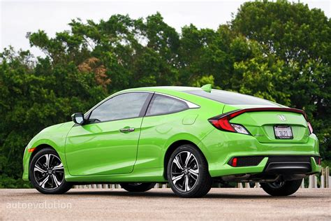 honda civic coupe 2017 driven 2017 honda civic coupe 1 5t autoevolution