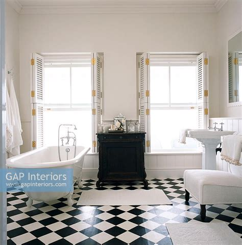 fliesen götz gap interiors classic bathroom image no 0035271