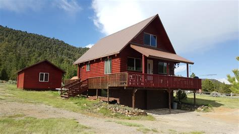 year around cabin for sale looking mammoth creek