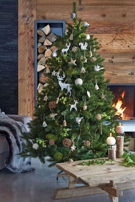 Decoration De Noel by Eight Tree Decor Ideas