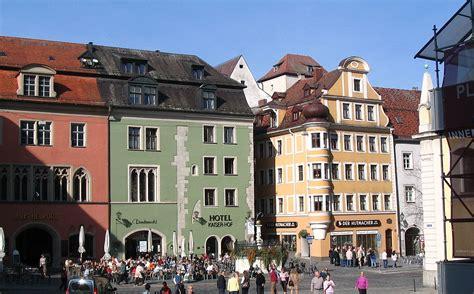 haus und grundbesitzerverein regensburg domplatz krauterer markt tourismus regensburg de