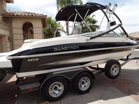 glastron runabout boat 2006 glastron gx205 bowrider speed boat no reserve