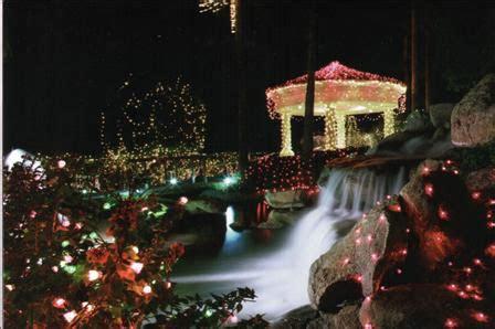 christmas heaven in gilbert arizona lighted boat parade at val vista lakes in gilbert arizona valley