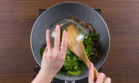 resep mie tiaw siram jajanan favorit khas pontianak