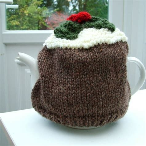 christmas knitted cozy knitted pudding tea cosy knitting ideas tea cosies