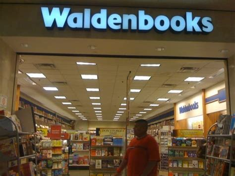 walden books waldenbooks closed bookstores brownsville tx yelp