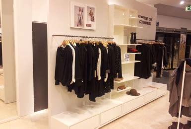Comptoir Des Cotonniers Velizy by Agencement Commerce Am 233 Nagement Magasin Et Boutique