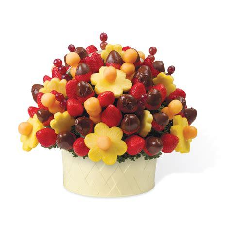 edible arrangements someone sent aaron hernandez an edible arrangement for