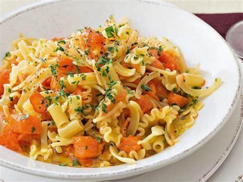 cucina napoletana primi piatti pasta e zucca alla napoletana ricette