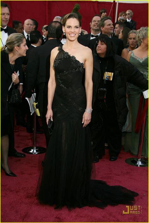 Oscars Carpet Hilary Swank by Hilary Swank Oscars 2008 Photo 952821 Hilary Swank