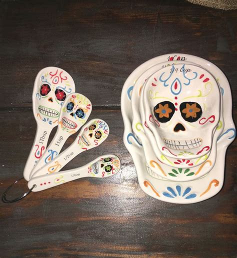 Skull Kitchen Accessories by 1000 Ideas About Mexican Kitchen Decor On Mexican Kitchens Mexican Style Kitchens
