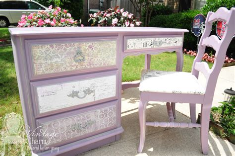 Decoupaging Furniture - how to decoupage furniture so many paper possibilities