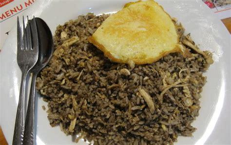 Wajan Goreng Besar nasi goreng mafia di markas ini ada nasi goreng gangster