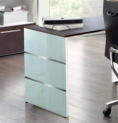avant office furniture