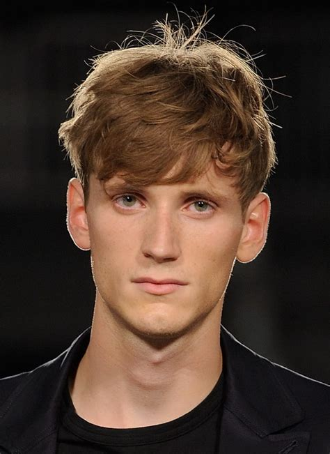 mens oval hairstyles mens hairstyles for oval