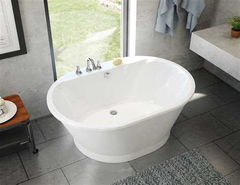 affordable bathtubs maax professional introduces affordable brioso tub jlc