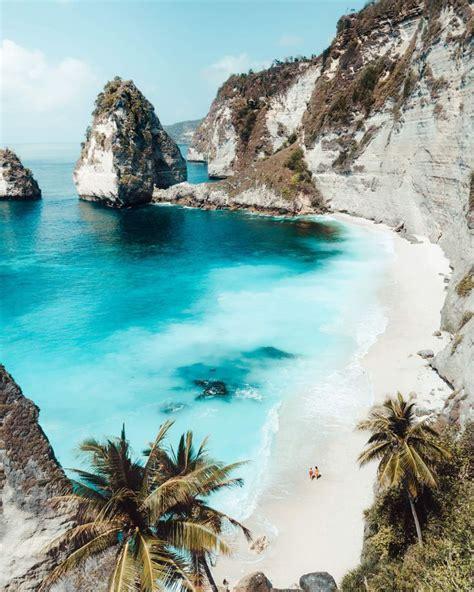 diamond beach  beautiful beach  nusa penida